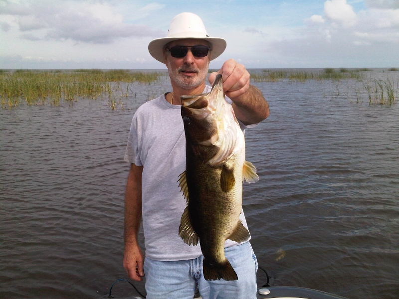 Florida fishing trips lake okeechobee bass fishing for Florida fishing vacations