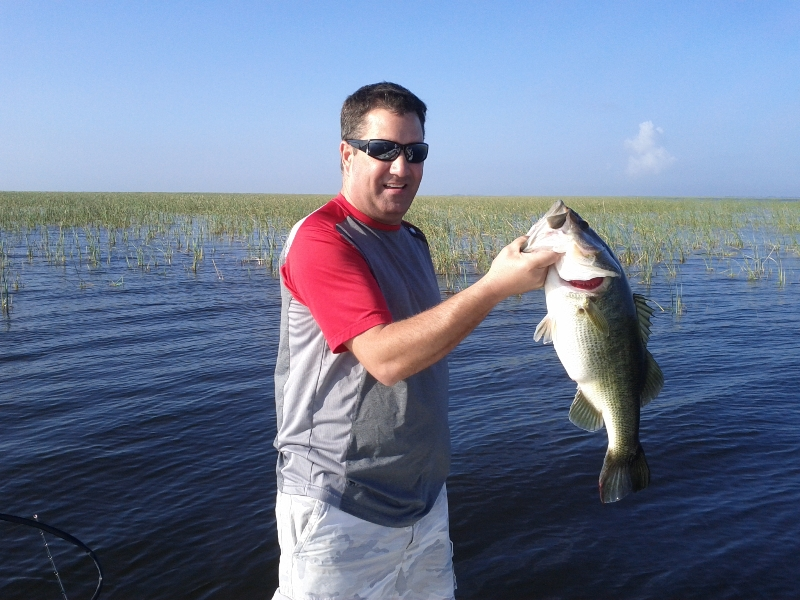 Belle glade fishing guide capt mark rose lake okeechobee for Lake okeechobee fishing guides