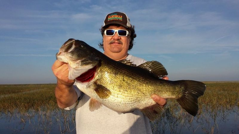 Another lake okeechobee giant trophy bass for Bass fishing tournaments in florida